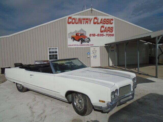 1970 Oldsmobile Ninety-Eight for sale in Staunton, IL