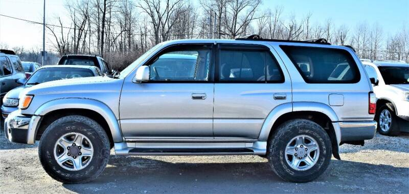 2002 Toyota 4Runner for sale at PINNACLE ROAD AUTOMOTIVE LLC in Moraine OH