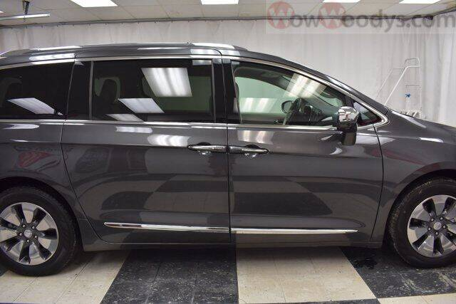 2018 Chrysler Pacifica Hybrid Limited 4dr Mini-Van - Chillicothe MO