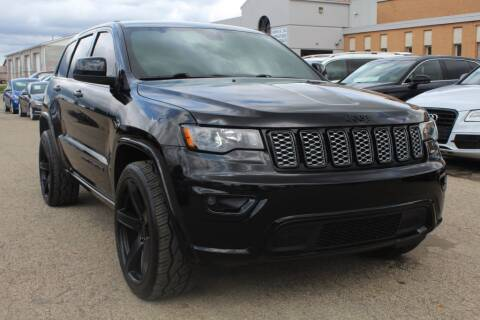 2018 Jeep Grand Cherokee for sale at SHAFER AUTO GROUP in Columbus OH