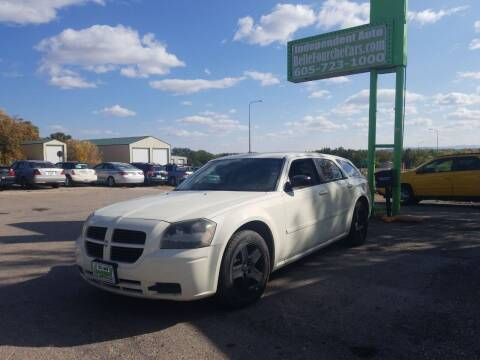 2005 Dodge Magnum for sale at Independent Auto in Belle Fourche SD
