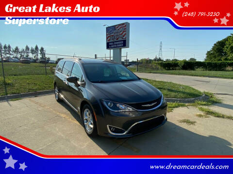 2017 Chrysler Pacifica for sale at Great Lakes Auto Superstore 2 in Waterford MI