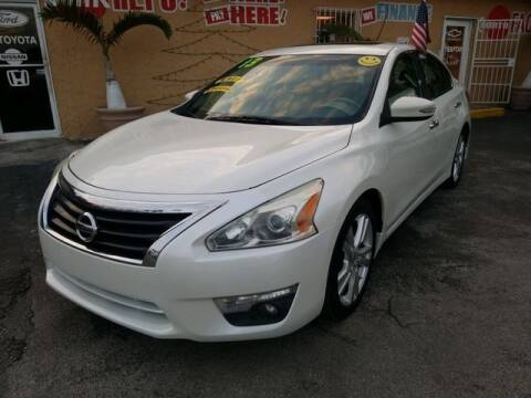 2013 Nissan Altima for sale at VALDO AUTO SALES in Miami FL