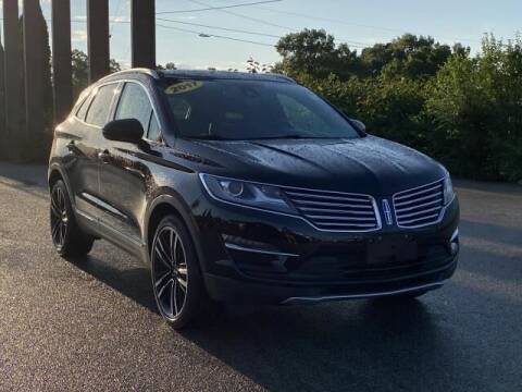 2017 Lincoln MKC for sale at Betten Baker Preowned Center in Twin Lake MI