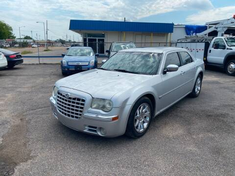 2005 Chrysler 300 for sale at Memphis Auto Sales in Memphis TN