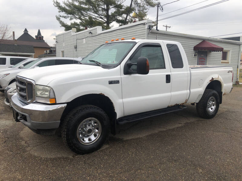 2004 Ford F-250 Super Duty for sale at Jim's Hometown Auto Sales LLC in Byesville OH