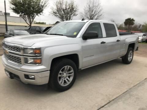2014 Chevrolet Silverado 1500 for sale at AMIGO USED CARS in Houston TX