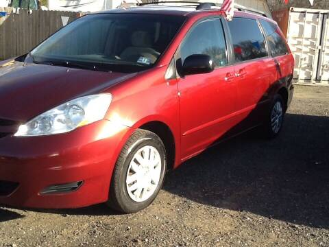 2008 Toyota Sienna for sale at Lance Motors in Monroe Township NJ