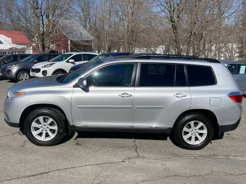 2013 Toyota Highlander for sale at MICHAEL MOTORS in Farmington ME