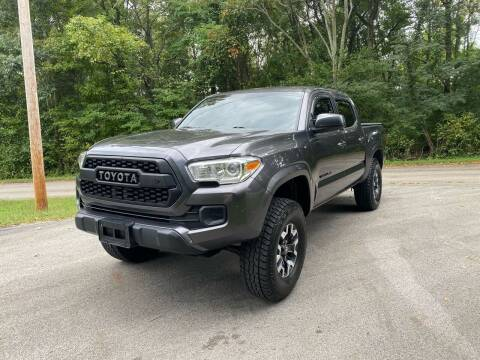 2016 Toyota Tacoma for sale at Tennessee Valley Wholesale Autos LLC in Huntsville AL