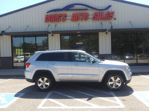 2013 Jeep Grand Cherokee for sale at DOUG'S AUTO SALES INC in Pleasant View TN