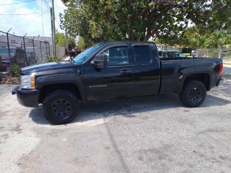 2011 Chevrolet Silverado 1500 for sale at LAND & SEA BROKERS INC in Pompano Beach FL