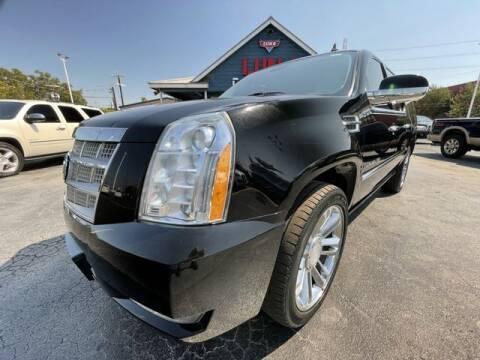 2011 Cadillac Escalade ESV for sale at LUNA CAR CENTER in San Antonio TX
