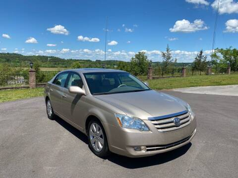 2006 Toyota Avalon for sale at Sevierville Autobrokers LLC in Sevierville TN