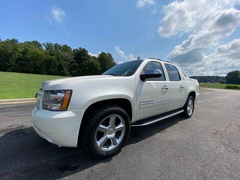 2013 Chevrolet Avalanche for sale at Tennessee Valley Wholesale Autos LLC in Huntsville AL
