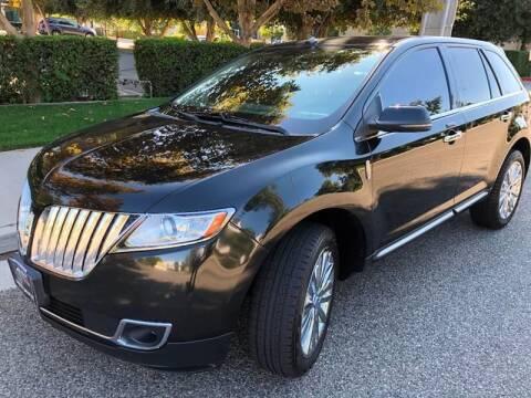 2012 Lincoln MKX for sale at Donada  Group Inc in Arleta CA