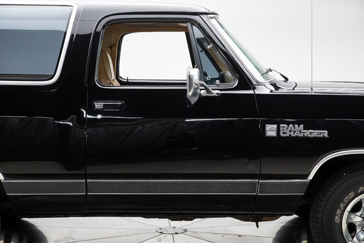 1989 Dodge Ramcharger 12