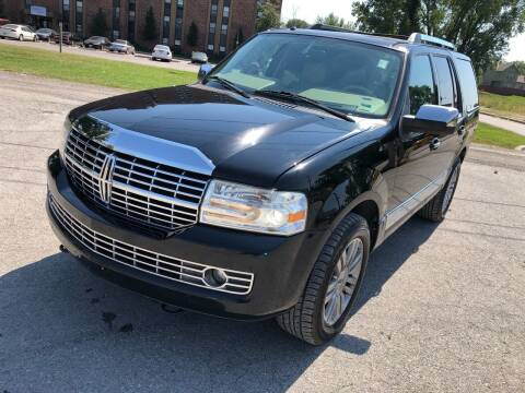 2007 Lincoln Navigator for sale at Supreme Auto Gallery LLC in Kansas City MO