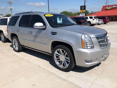 2010 Cadillac Escalade for sale at Tigerland Motors in Sedalia MO