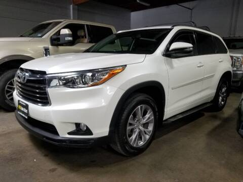 2015 Toyota Highlander for sale at 916 Auto Mart ONLY $399 DOWN!!!* in Sacramento CA