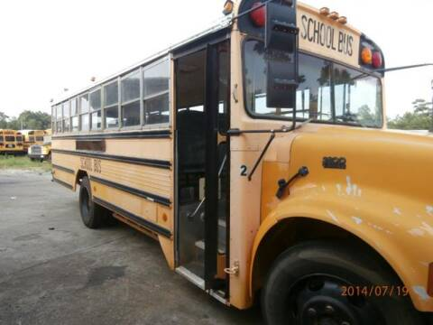 1995 International 2554 for sale at Interstate Bus Sales Inc. - INTERSTATE BUS SALES INC in Kingsville TX