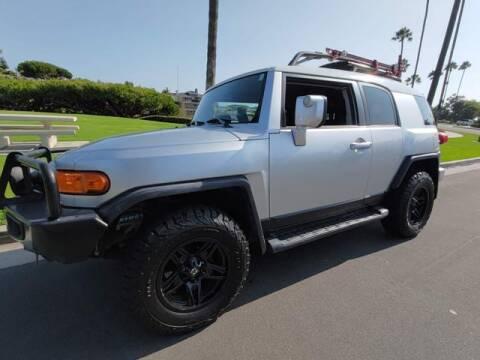 2007 Toyota FJ Cruiser for sale at DNZ Auto Sales in Costa Mesa CA