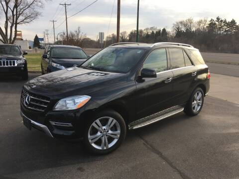 2013 Mercedes-Benz M-Class for sale at Premier Motors LLC in Crystal MN