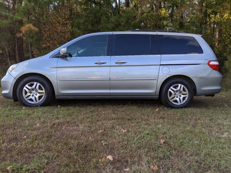 2007 Honda Odyssey for sale at Harris Motors Inc in Saluda VA