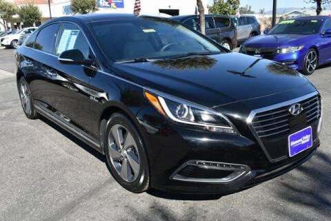 2017 Hyundai Sonata Hybrid for sale at DIAMOND VALLEY HONDA in Hemet CA