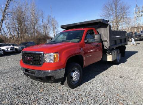 2013 GMC Sierra 1500HD Classic for sale at AH Ride & Pride Auto Group in Akron OH