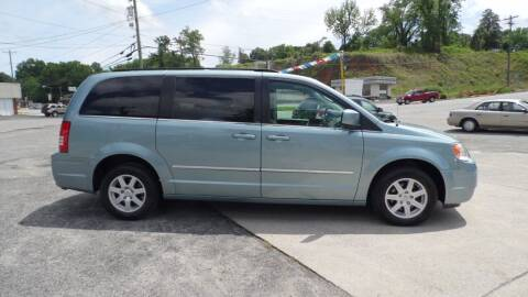 2010 Chrysler Town and Country for sale at G AND J MOTORS in Elkin NC