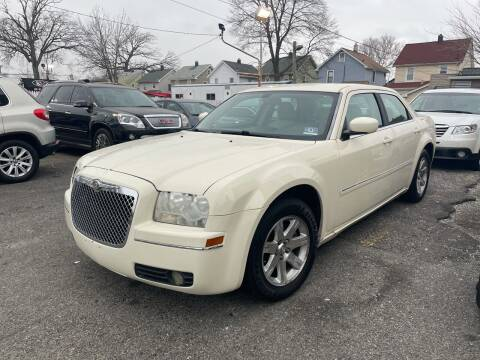 2006 Chrysler 300 for sale at Innovative Auto Group in Little Ferry NJ