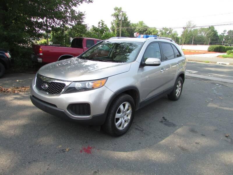 2013 Kia Sorento for sale at Nutmeg Auto Wholesalers Inc in East Hartford CT
