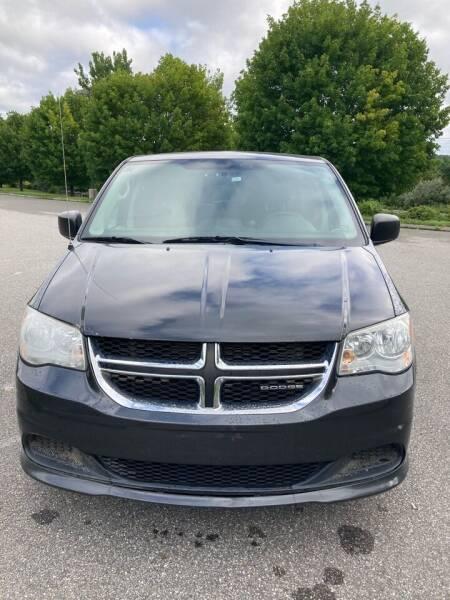 2011 Dodge Grand Caravan for sale at V & R Auto Group LLC in Wauregan CT