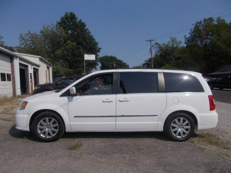 2016 Chrysler Town and Country for sale at Ollison Used Cars in Sedalia MO