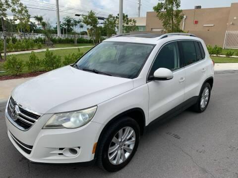 2009 Volkswagen Tiguan for sale at LA Motors Miami in Miami FL