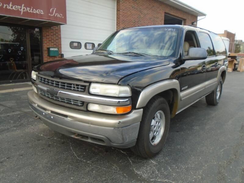 2000 Chevrolet Suburban for sale at Veto Enterprises, Inc. in Sycamore IL