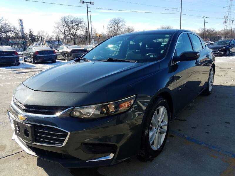 2018 Chevrolet Malibu for sale at Julian Auto Sales, Inc. in Warren MI