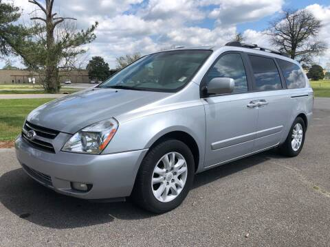 2006 Kia Sedona for sale at COUNTRYSIDE AUTO SALES 2 in Russellville KY