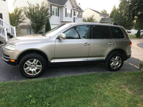 2004 Volkswagen Touareg for sale at PREMIER AUTO SALES in Martinsburg WV