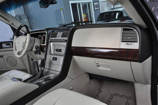 2003 Lincoln Navigator Luxury 4WD 4dr SUV - Pompano Beach FL