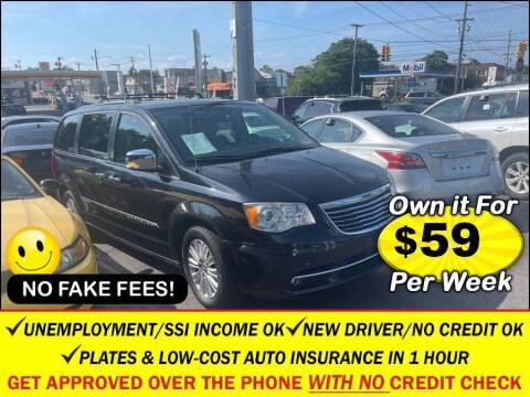 2014 Chrysler Town and Country for sale at AUTOFYND in Elmont NY