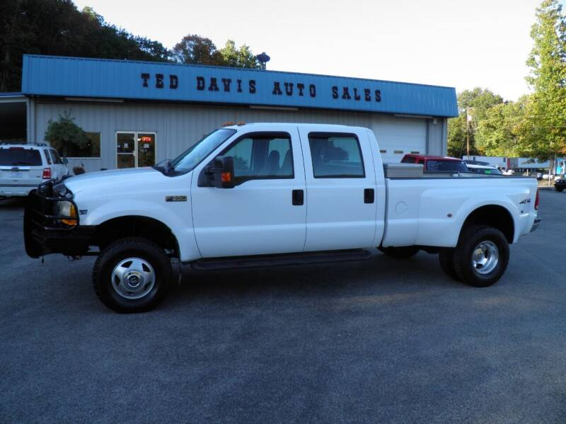 1999 Ford F-350 Super Duty for sale at Ted Davis Auto Sales in Riverton WV