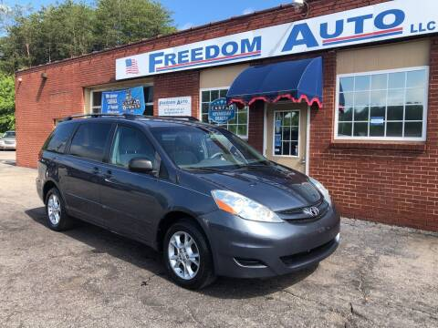2006 Toyota Sienna for sale at FREEDOM AUTO LLC in Wilkesboro NC