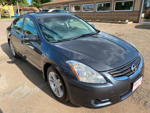2010 Nissan Altima for sale at Truck City Inc in Des Moines IA