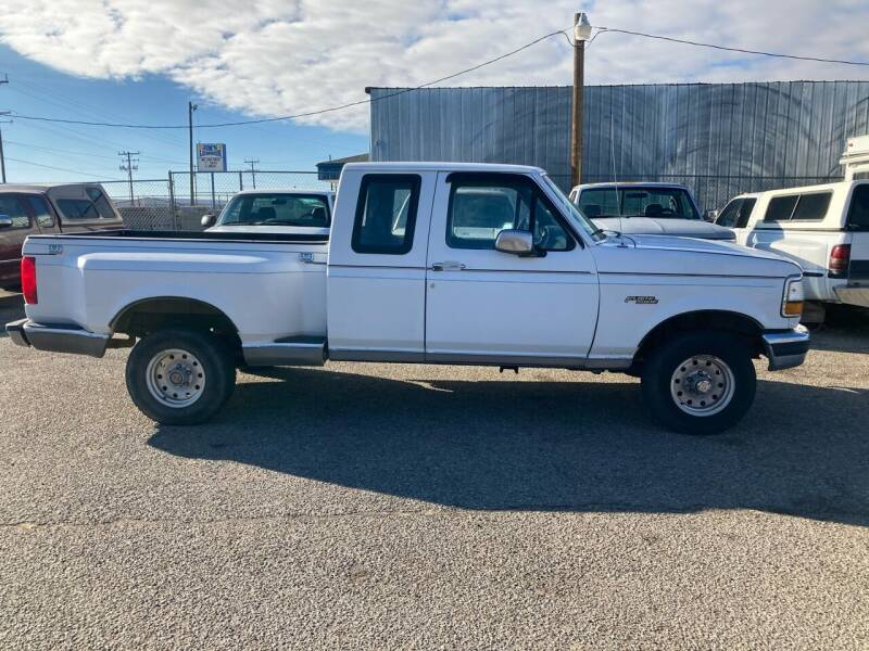 1992 Ford F-150 for sale at AFFORDABLY PRICED CARS LLC in Mountain Home ID
