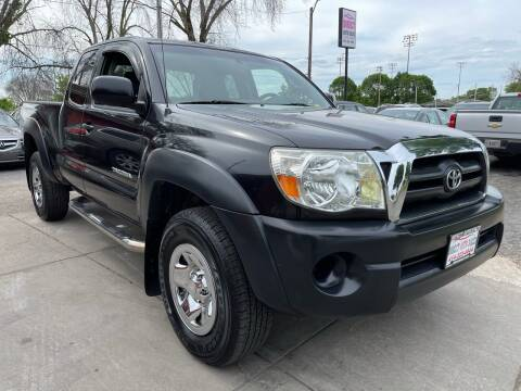 2007 Toyota Tacoma for sale at Direct Auto Sales in Milwaukee WI