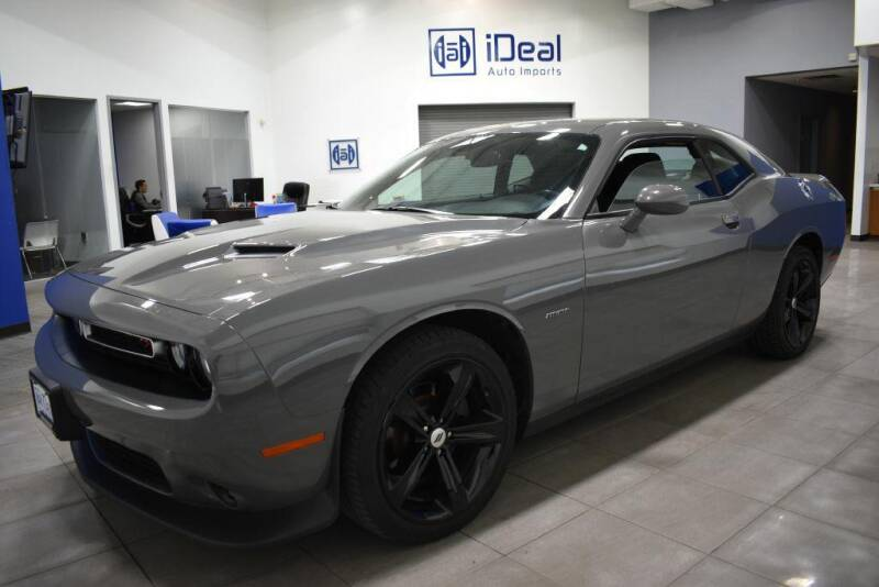 2018 Dodge Challenger for sale at iDeal Auto Imports in Eden Prairie MN