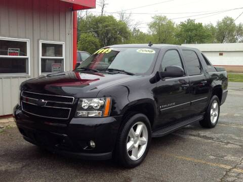 2008 Chevrolet Avalanche for sale at Midwest Auto & Truck 2 LLC in Mansfield OH