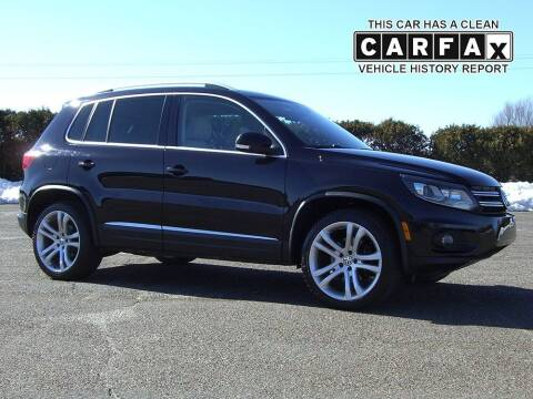 2012 Volkswagen Tiguan for sale at Atlantic Car Company in East Windsor CT